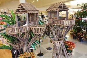 28 Birdhouses